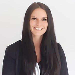 Kundenbewertung/-stimme: Profilbild von Christina Meyer (BestFinance - Immobilienfinanzierung)